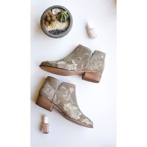 Seychelles Embroidered Bootie